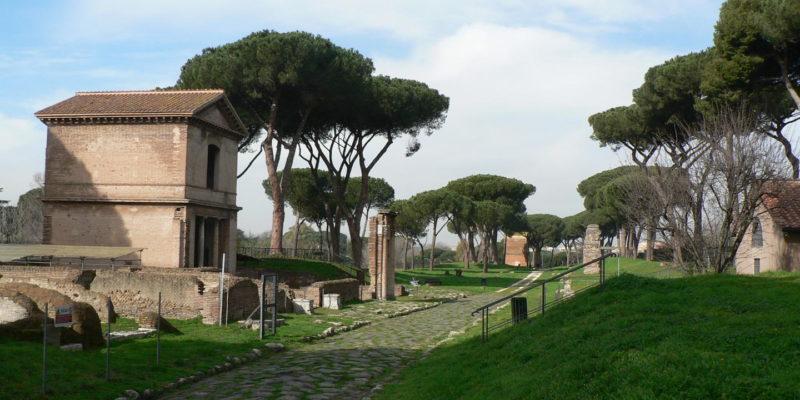 Le Tombe della Via Latina.