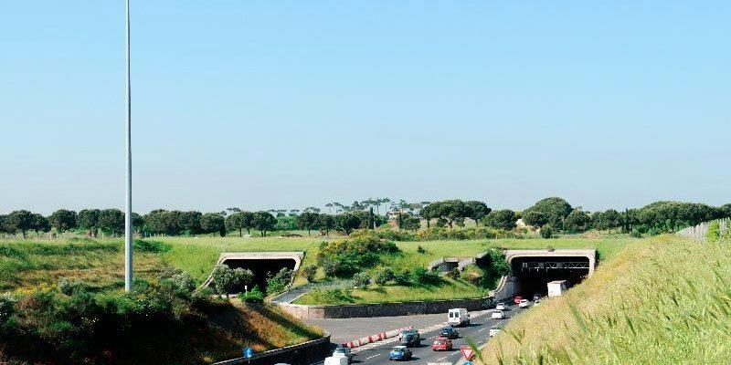 L'incrocio tra la Via Appia Antica e il G.R.A. dopo i lavori di interramento