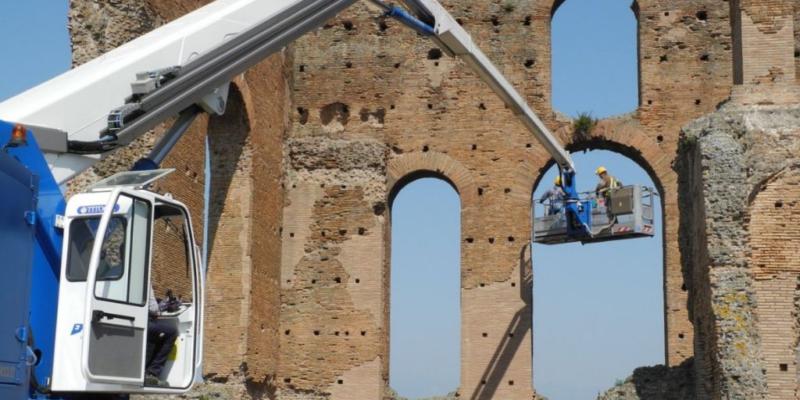 Lavori di manutenzione in corso a Villa dei Quintili