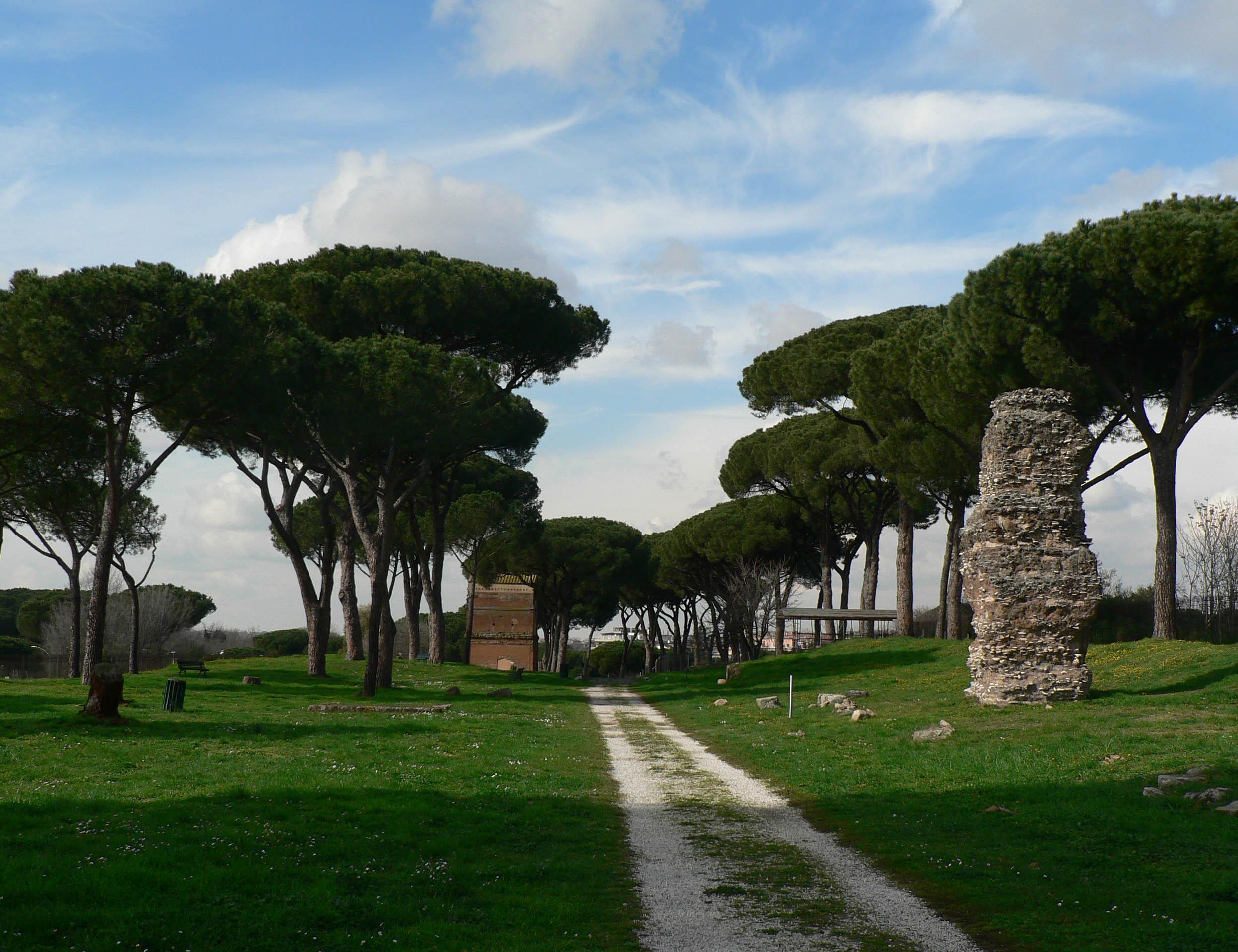 Riapre il Parco delle Tombe della via Latina
